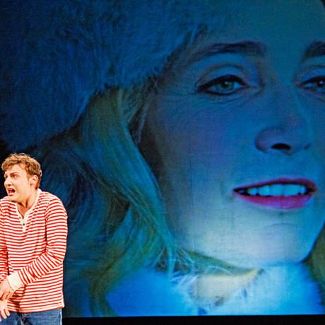 """Schneekönigin """"Die Schneekönigin"""" Stadttheater Ingolstadt 2012 Foto: Stefano Di Buduo"""